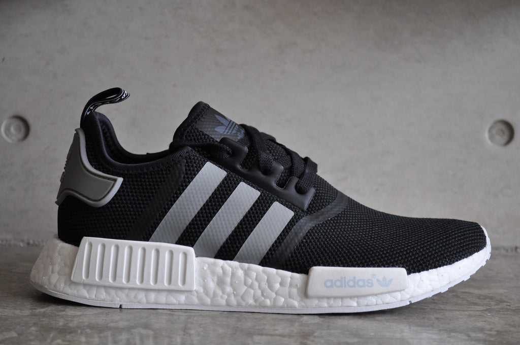 buy online a2f32 dec03 discount code for adidas nmd runner black white shoes 11efe ...