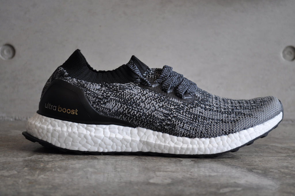 Adidas Ultra Boost Uncaged - Core Black/Solid Grey/Gold Met