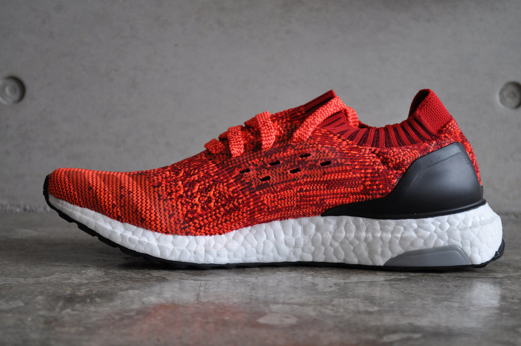 Adidas Ultra Boost Uncaged - Scarlet/Solar Red/Core Black