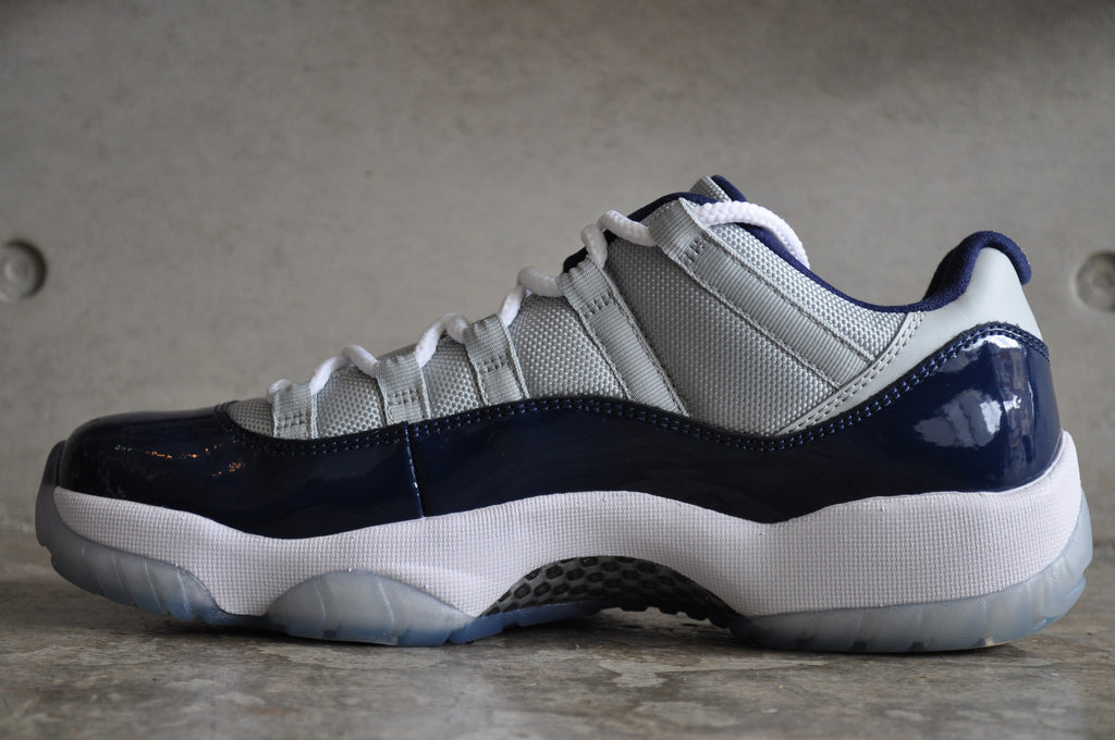 Nike Air Jordan 11 Retro Low Georgetown - Grey Mist / Wht Mdnght Nvy