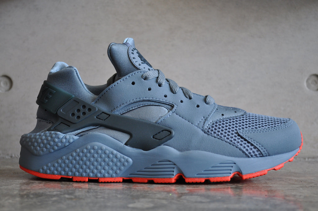 Nike Air Huarache Blue Graphite FB - Blue Graphite / Bright Crimson