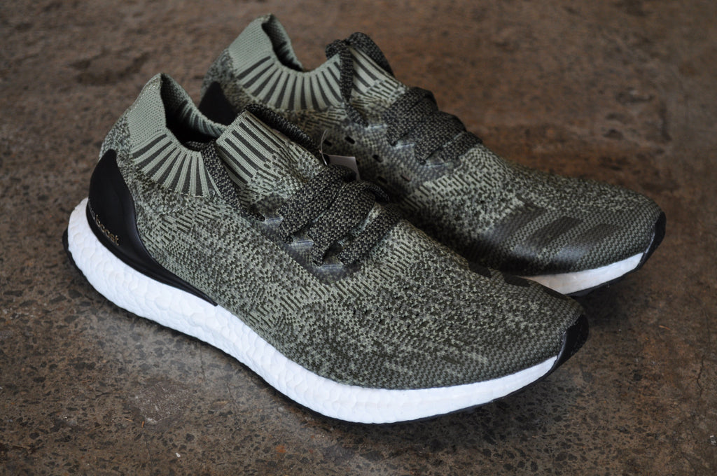 Adidas Ultra Boost Uncaged - Olive/Black/White