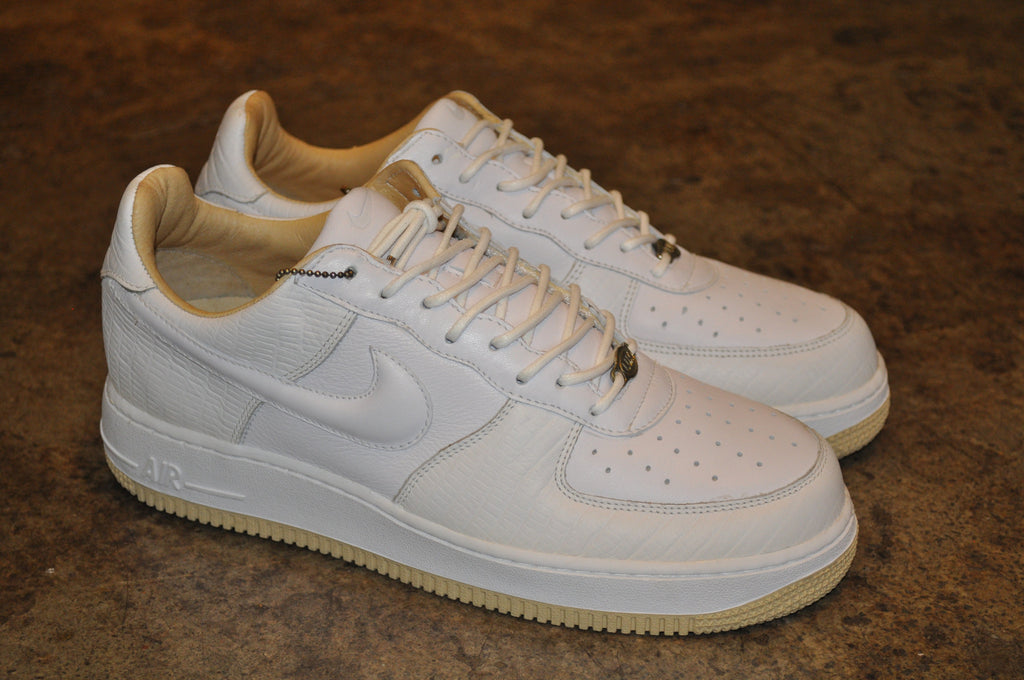 Nike Air Force 1 CMFT Lux Low Black/Clear Kicks Deals