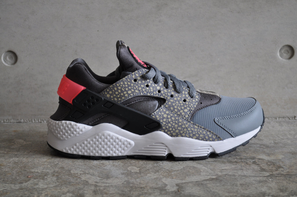 huge discount eca51 29da0 nike air huarache run premium (cool grey black-hyper punch)