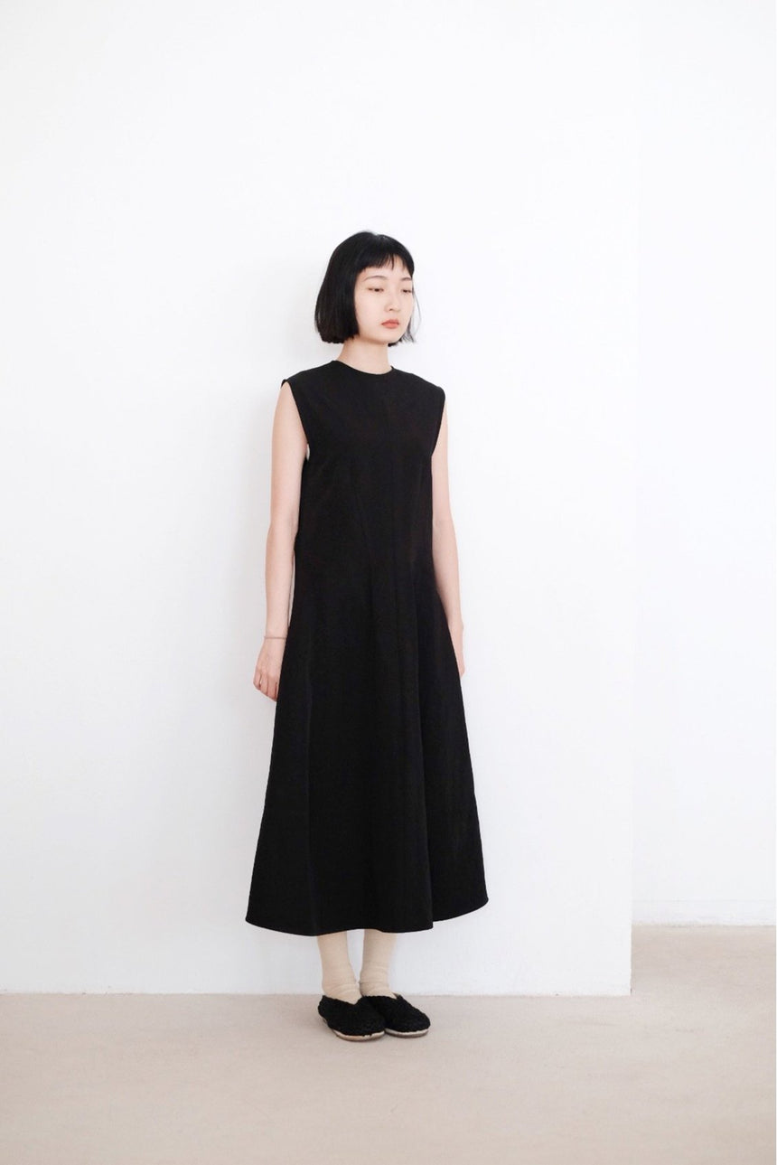 HIMARI DRESS (BLACK)