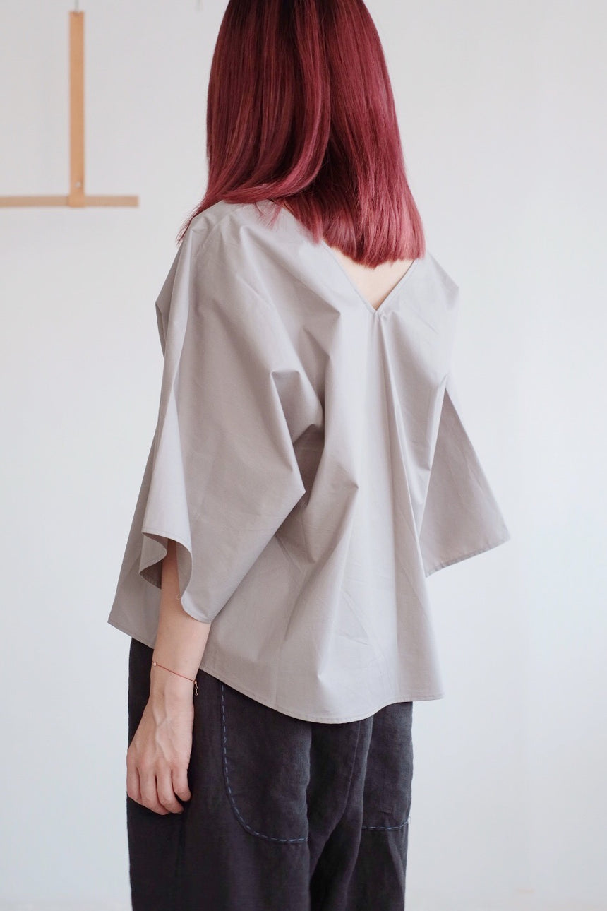 COTTON SQUARED BLOUSE /grey