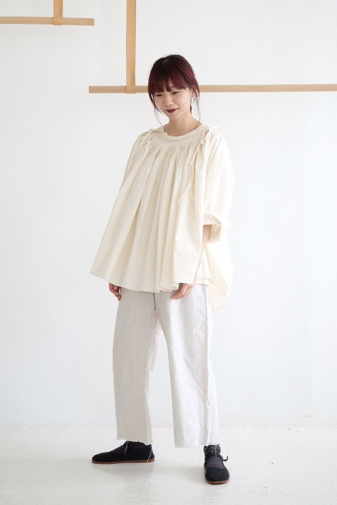 RIVER PLEATED DETAILS SHIRT /cream (老闆娘本月推薦NO.1)