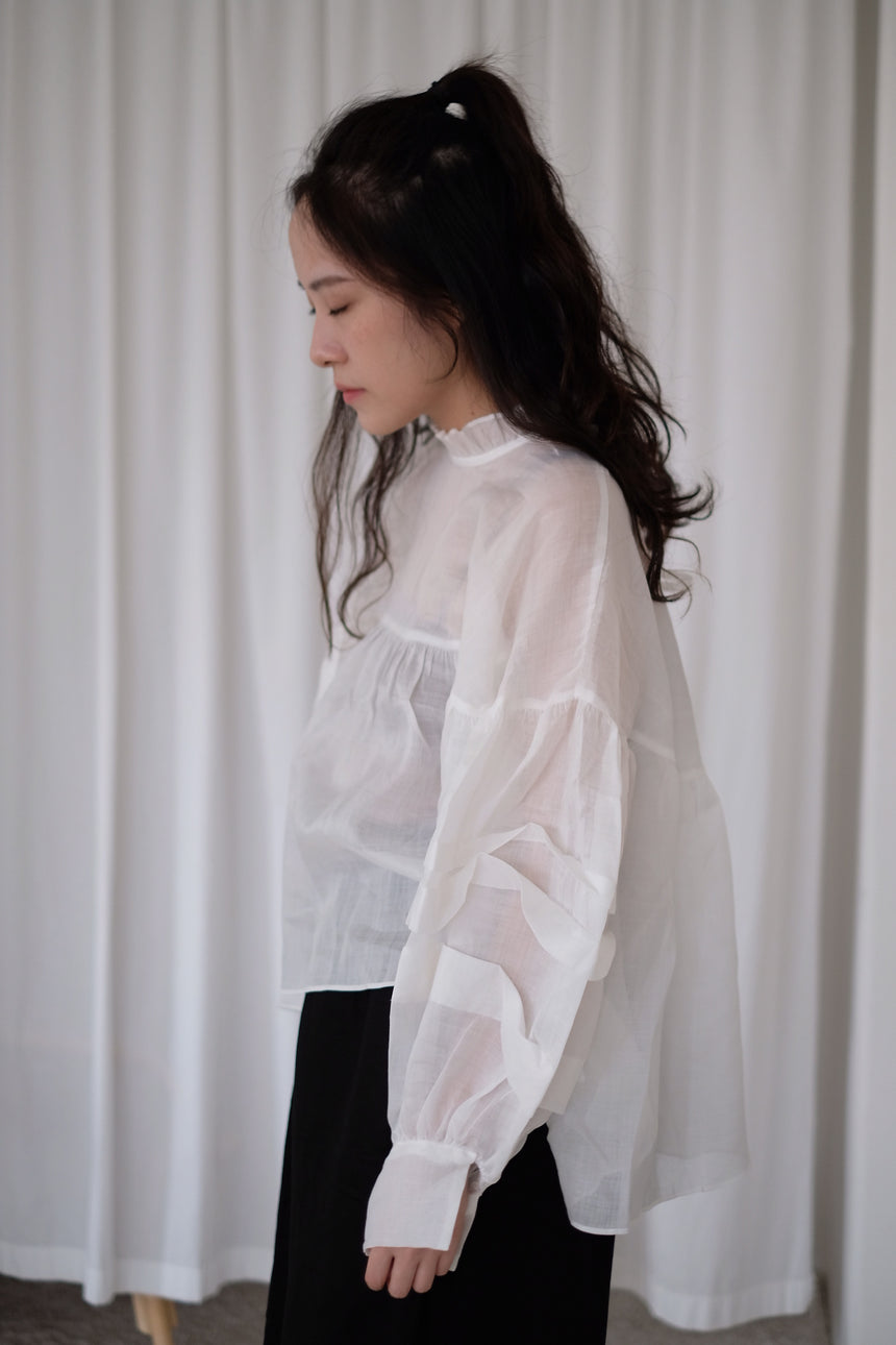 WHITE SHEER RUFFLES BLOUSE