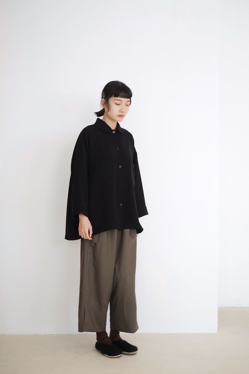 MELLOW OVERSIZED BLOUSE IN BLACK