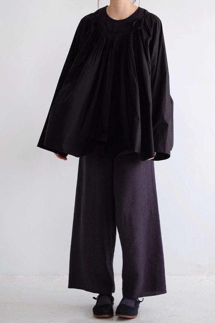 RIVER PLEATED DETAILS SHIRT /black (老闆娘本月推薦NO.1)