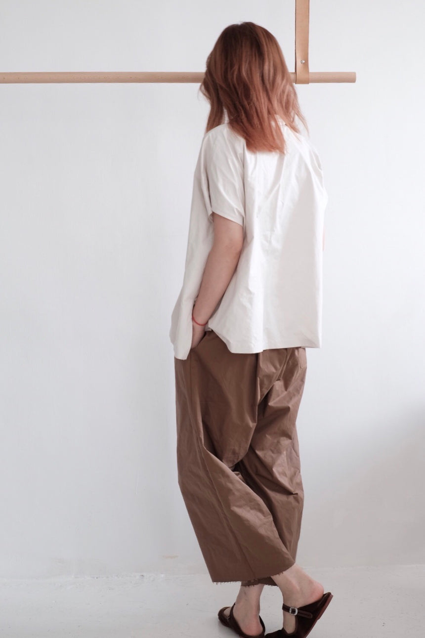 GRANDMA CROPPED TROUSERS (brown)