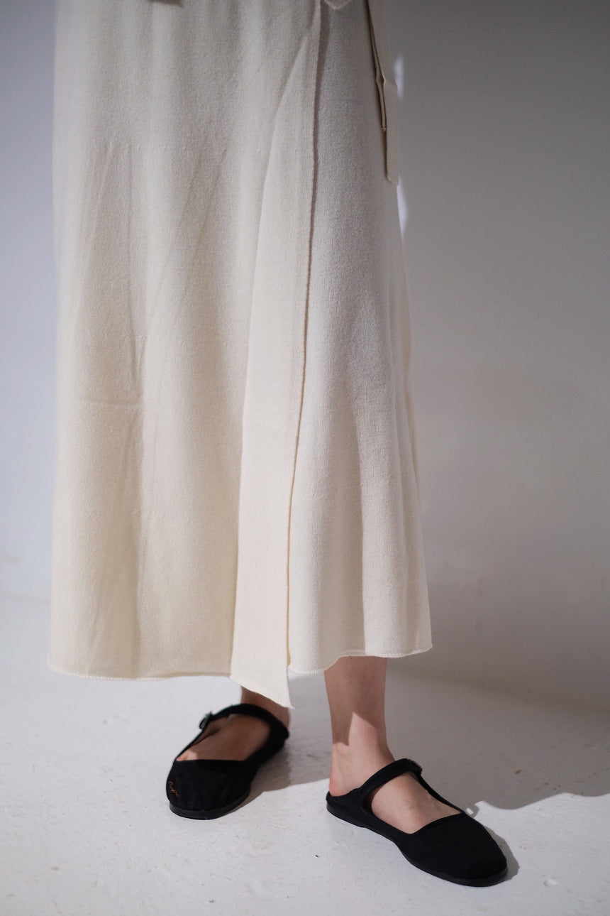 CASHMERE WRAPPED SKIRT
