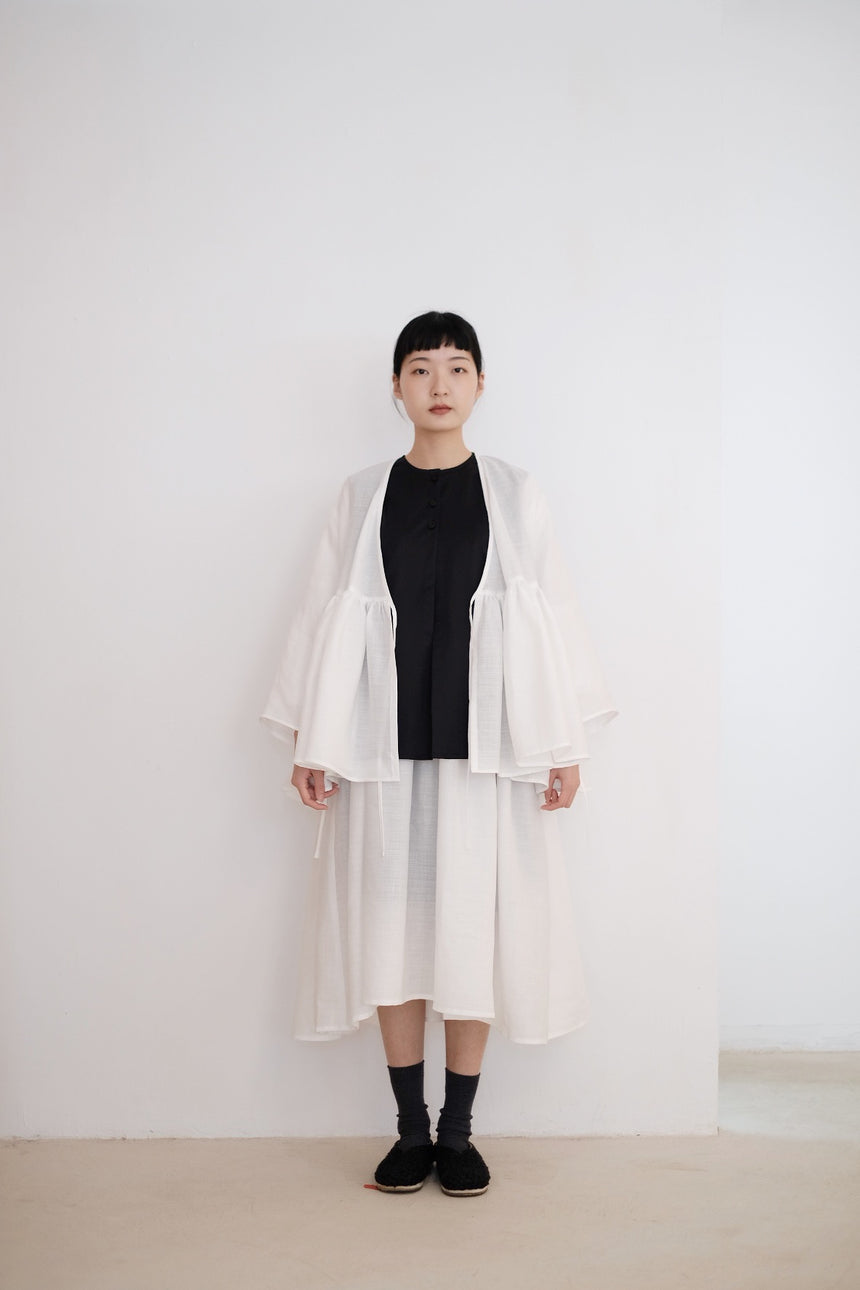 KĒKI LAYER BLOUSES IN LINEN
