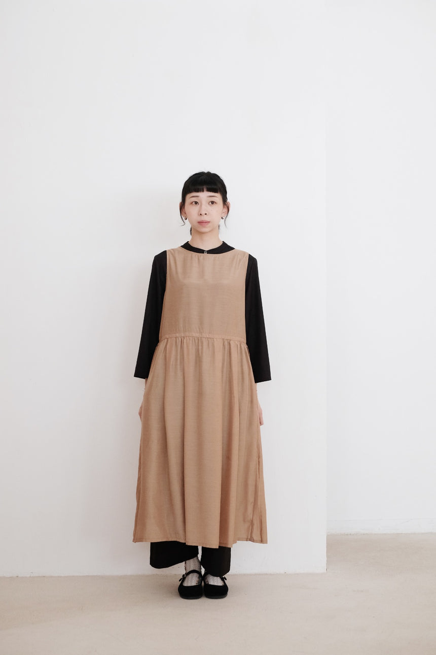 SILK MILLET DRESS (CAMEL)