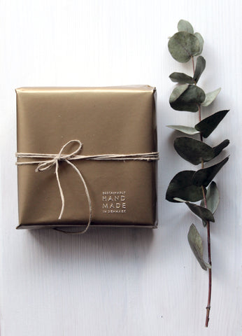 How to wrap your presents mindfully this year and have a mindful Christmas Xmas tips from M of Copenhagen