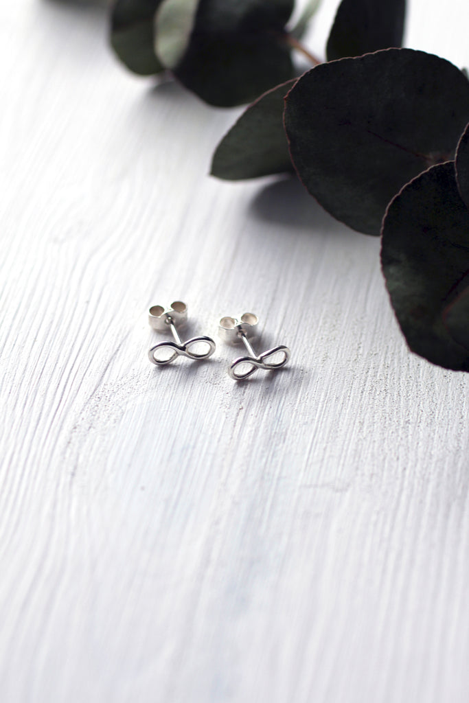 Artisan crafted earrings from recycled silver by M of Copenhagen lay