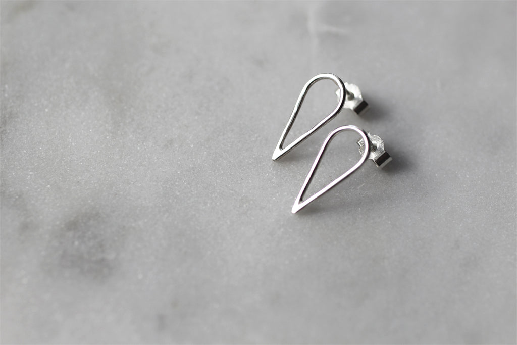 Filippa Arrow earrings by M of Copenhagen Eco jeweller