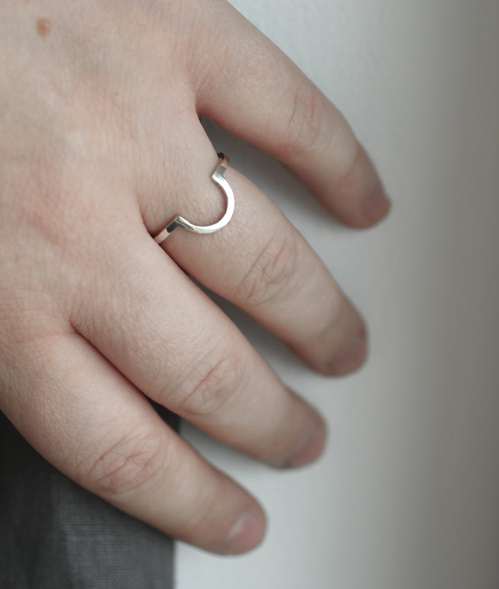 Mykonos Ring by Eco jeweller M of Copenhagen on hand 2