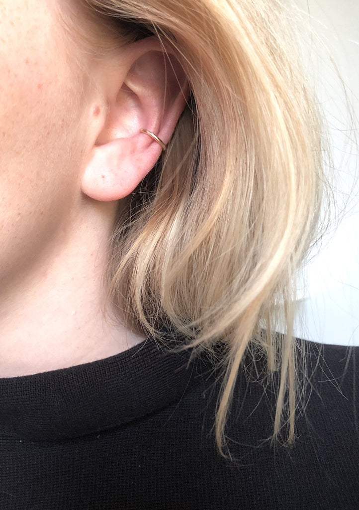 RAMONA 9 K Gold Ear Cuff