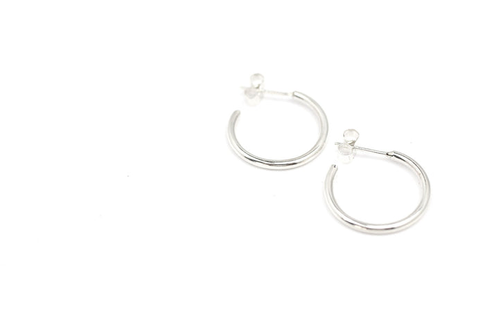 Rebecca earrings by M of Copenhagen made with recycled silver