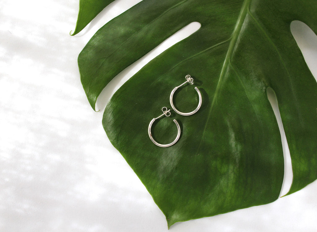 Rebecca earrings by M of Copenhagen made with recycled silver on leaf