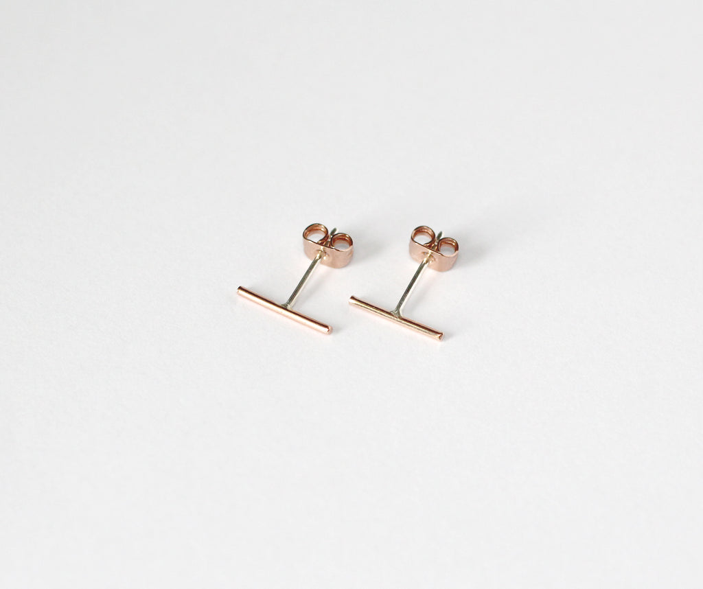 Tundra 9ct red gold earrings with sterling silver pins and scrolls by M of Copenhagen