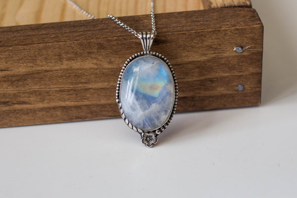 Floral Feminine Feels Moonstone Necklace