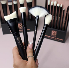 pro quality synthetic make up brushes