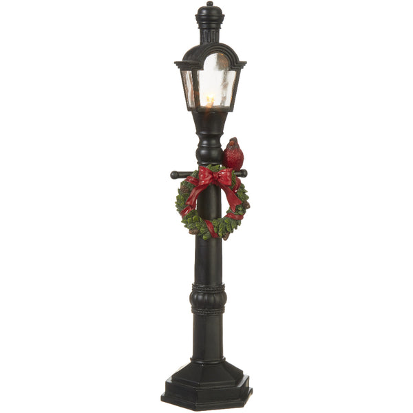 Lit Lamp Post with Wreath