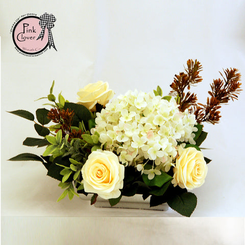 Cream & White Delight Arrangement