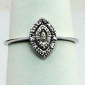 10kt Diamond Ring