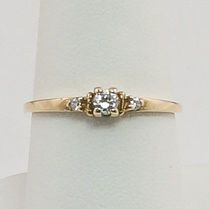 10K Yellow Gold 3 CZ Ladies Ring