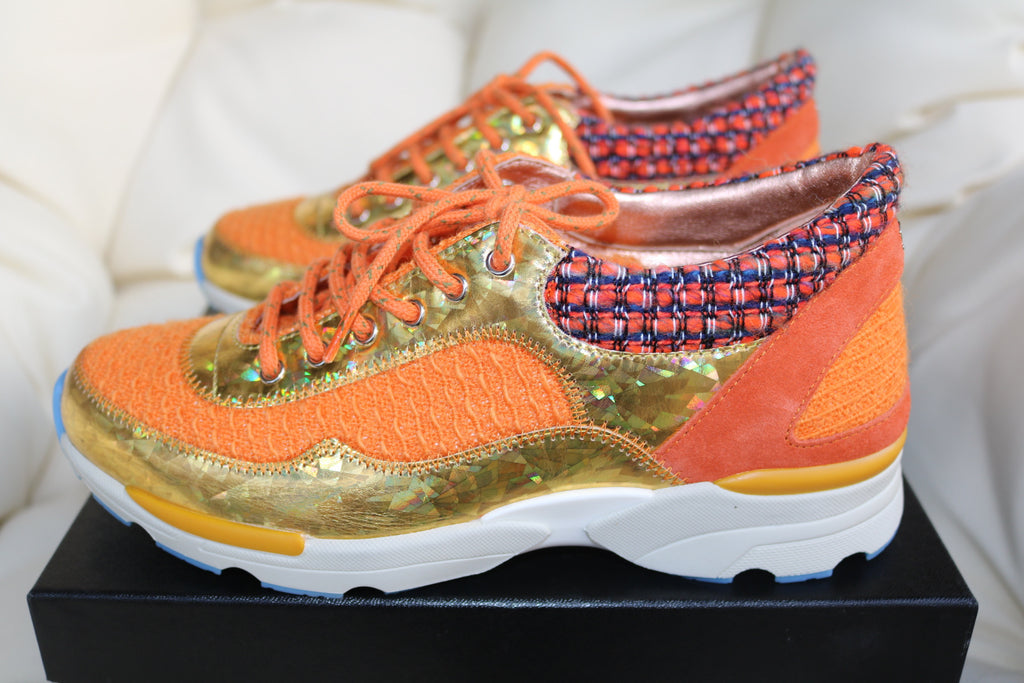 2015 CHANEL CC LOGO ORANGE GOLD TWEED SUEDE SNEAKERS TENNIS SHOES TRAINERS