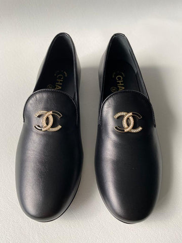 Chanel Leather CC Logo Leather Black Trim Smoking Slippers Moccasins Loafers Flats Shoes