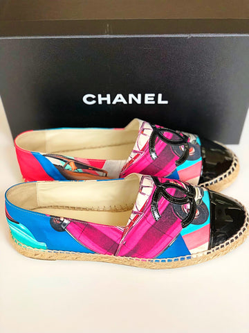 2017 CHANEL BLACK PATENT LEATHER CAP TOE CANVAS MULTI COLORED ESPADRILLES FLAT FLATS SHOES