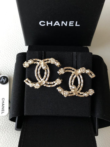 CHANEL 2019 CLASSIC GOLD TONE BIG CC LOGO CRYSTALS AND PEARLS STUDS EARRINGS
