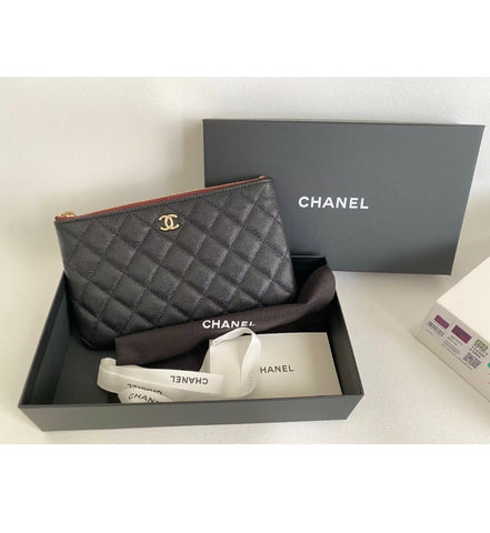 20S CHANEL BLACK CAVIAR LEATHER GOLD HW SNAP O-COIN CC CREDIT CARD O-CASE WALLET