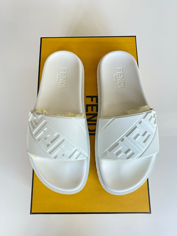 Fendi Men's Logo Embossed Ultra White Rubber Pool Slide Sandal Slides