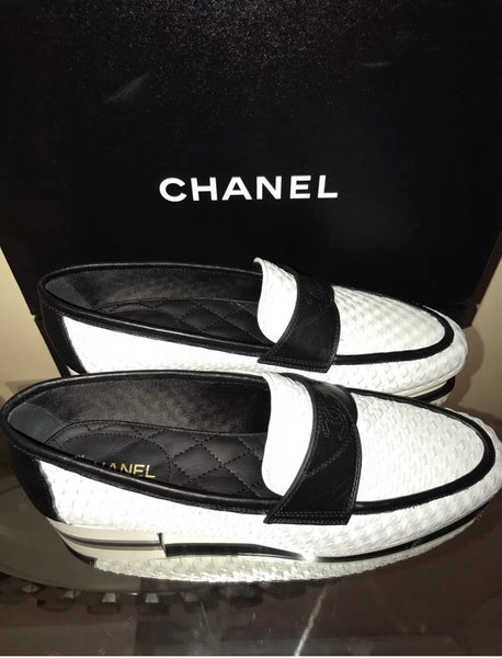 CHANEL WHITE BRAIDED BLACK LEATHER CC LOGO SLIP LOAFERS MOCCASIN SHOES