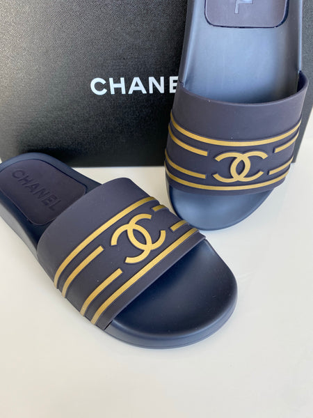 Chanel 19C Navy Blue Gold PVC Rubber CC Logo Slides Pool Sandal