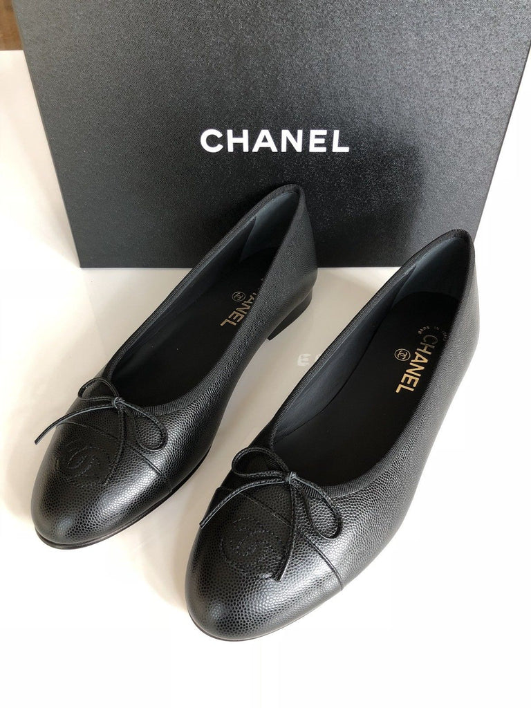 CHANEL BLACK GRAINED LEATHER CAVIAR