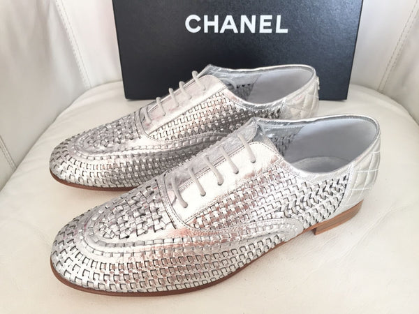 Chanel Silver Leather Wooven Lace-up Loafers with Cc Logo Flats Moccasins