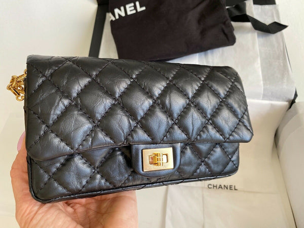 2019 CHANEL BLACK CALFSKIN WAIST BELT BAG FANNY PACK 2.55 REISSUE GOLD HARDWARE