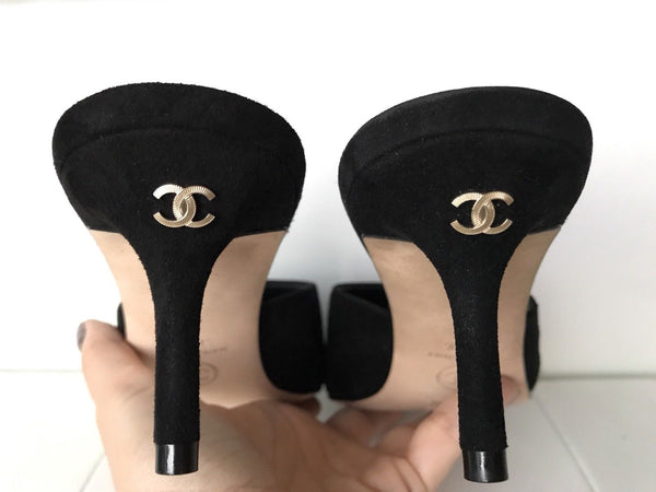 CHANEL BLACK SUEDE LOW HEEL 65mm MULES MULE SLIDES SHOES CC LOGO PUMPS