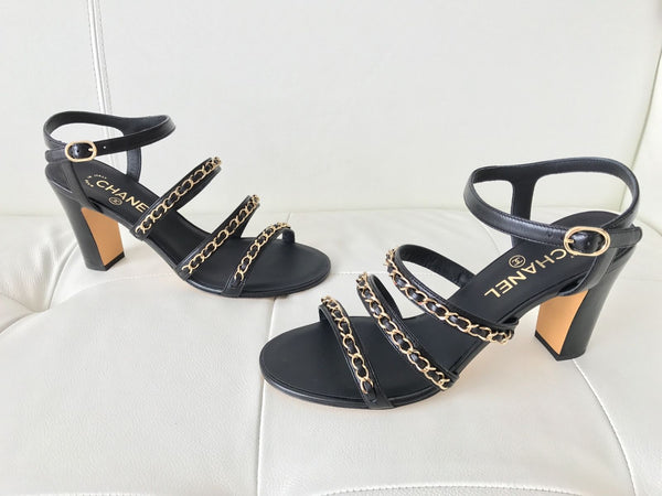 CHANEL BLACK LEATHER GOLD CHAIN CHAINED CHAIN SANDAL SANDALS SHOES