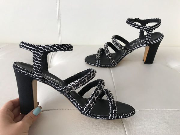 $1.1K CHANEL BLACK GRAY TWEED CHAINED CHAIN SANDAL SANDALS OPEN TOE SHOES