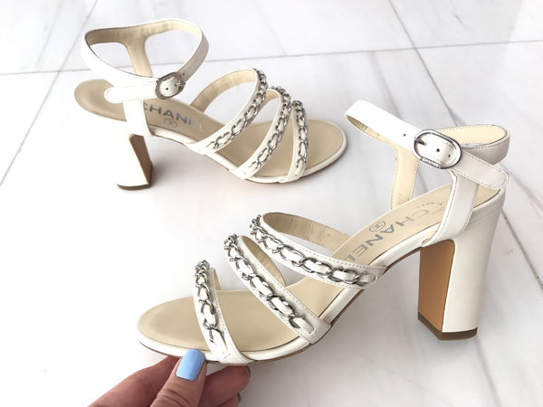 CHANEL WHITE IVORY LEATHER SILVER CHAIN CHAINED SANDAL SANDALS SHOES