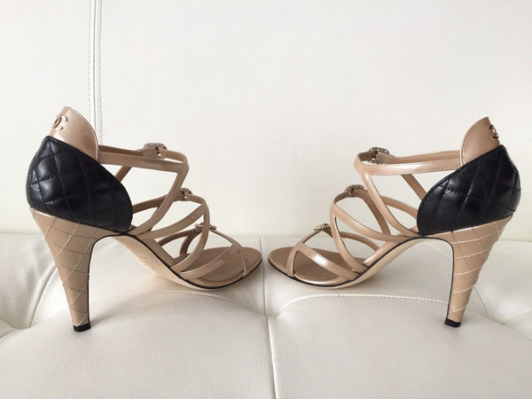 $1K CHANEL BEIGE BLACK LEATHER STRAPPY BUCKLE SANDAL SANDALS HEELS SHOES