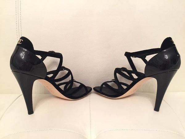 $1K CHANEL BLACK VELVET PATENT STRAPPY BUCKLE SANDAL SANDALS HEELS SHOES