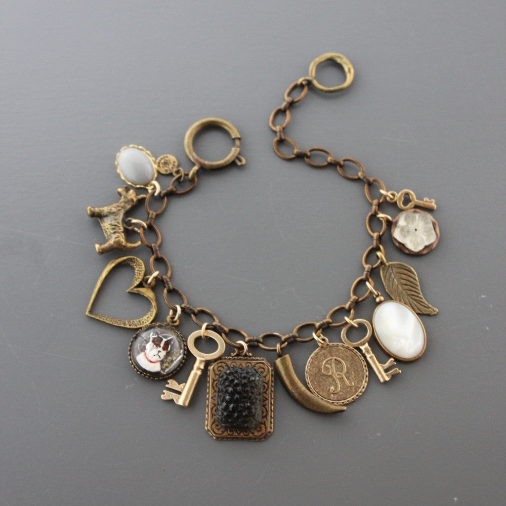 ZCMB10 VINTAGE BLACK DIAMOND GLASS CHARM BRACELET